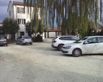 Soluzione Indipendente in affitto a Jesi, 9999 locali, prezzo € 550 | Cambio Casa.it