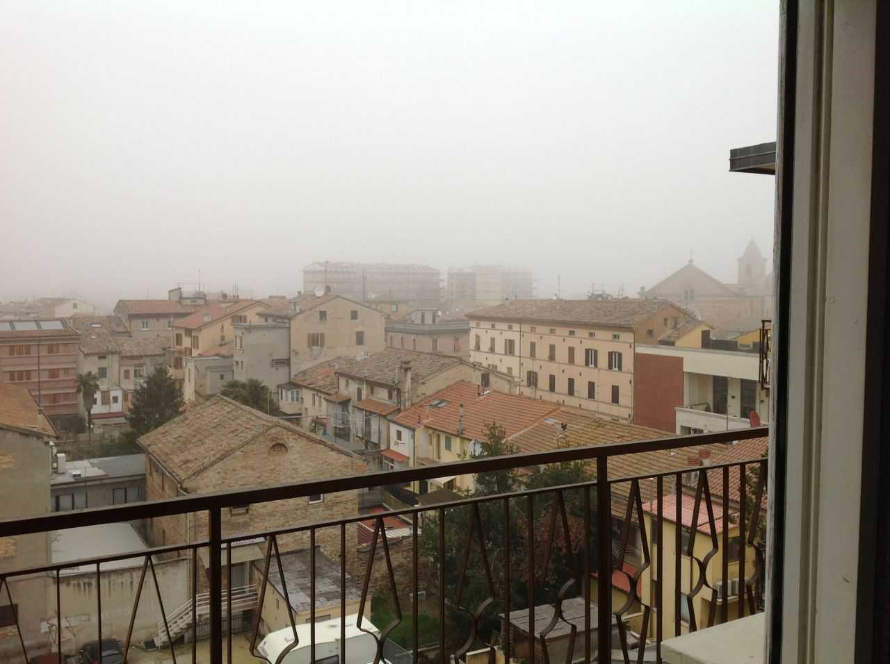 Appartamento in affitto a Chiaravalle, 7 locali, prezzo € 450 | Cambio Casa.it