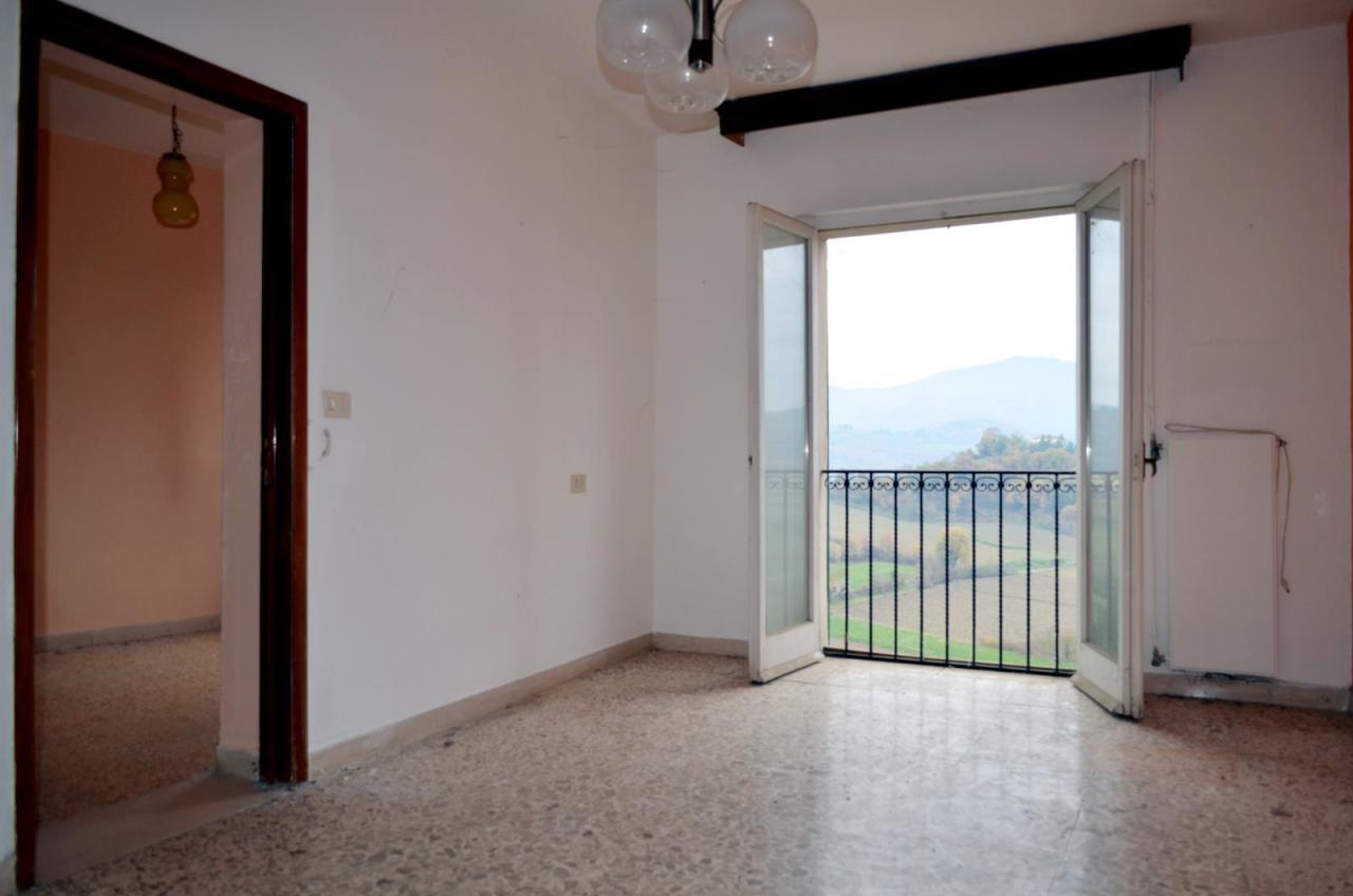 Appartamento in vendita a Monterchi, 5 locali, prezzo € 85.000 | CambioCasa.it