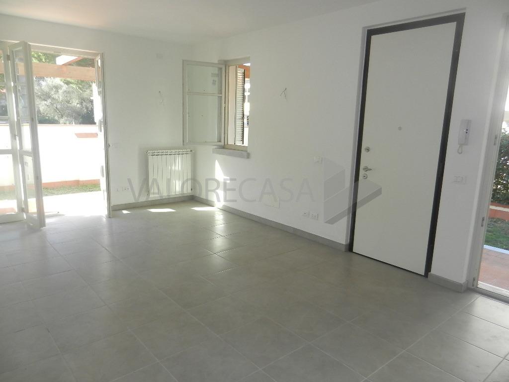 vendita casa semindipendente carrara   295000 euro  4 locali  138 mq