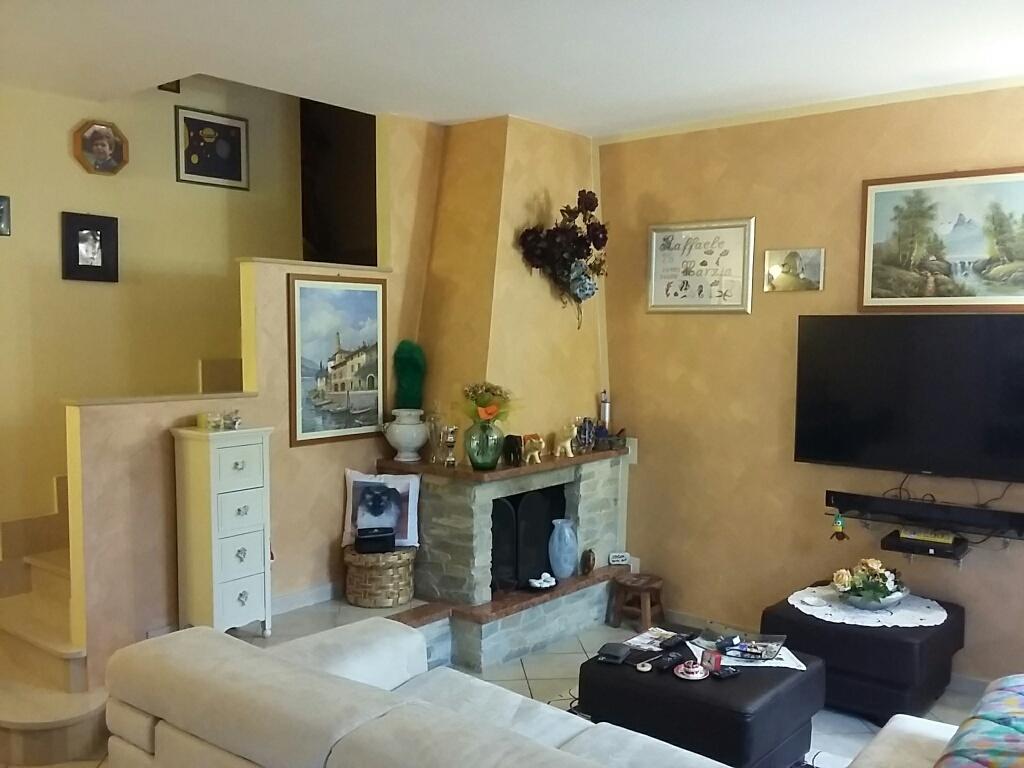 Villa in vendita a Vicopisano, 5 locali, prezzo € 230.000 | Cambio Casa.it