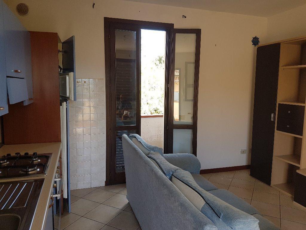 Soluzione Indipendente in affitto a Pontedera, 2 locali, prezzo € 500 | Cambio Casa.it