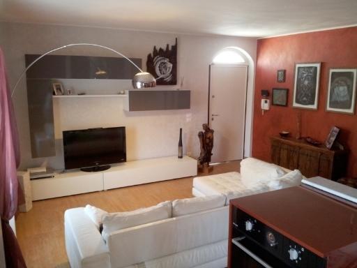 vendita appartamento massa   348000 euro  5 locali  130 mq
