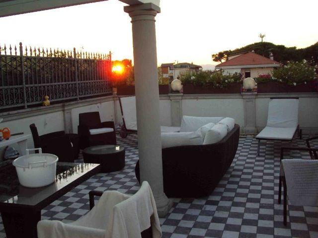 vendita appartamento massa   400000 euro  4 locali  80 mq
