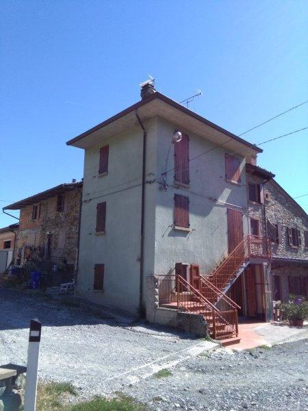 Rustico / Casale in Vendita a Fornovo di Taro