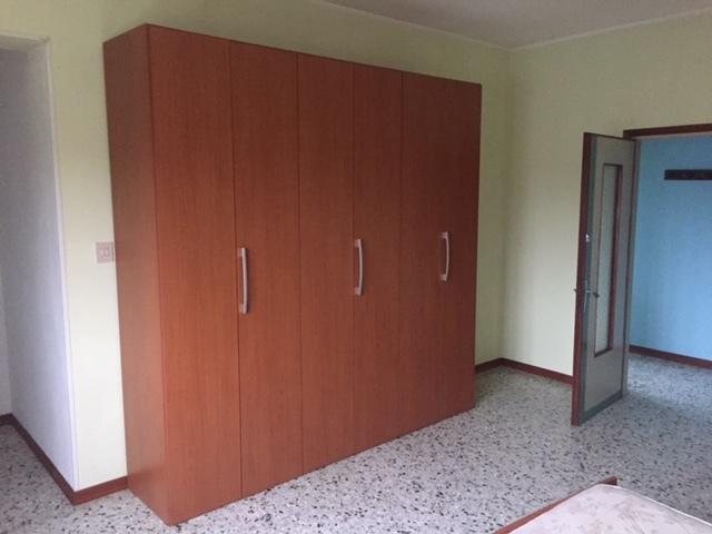 Appartamento in affitto a Arquà Polesine, 6 locali, prezzo € 500 | CambioCasa.it