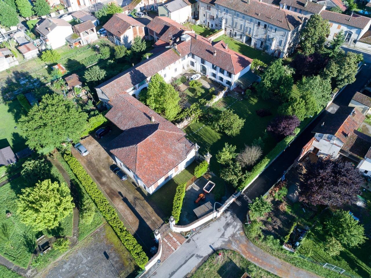 Villa in vendita a San Zenone al Po, 50 locali, prezzo € 1.300.000 | Cambio Casa.it