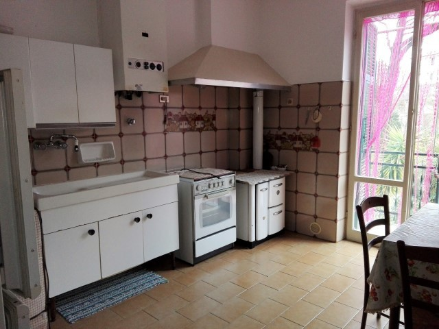 Appartment, 110 Mq, Location+Entrée - Mezzanego