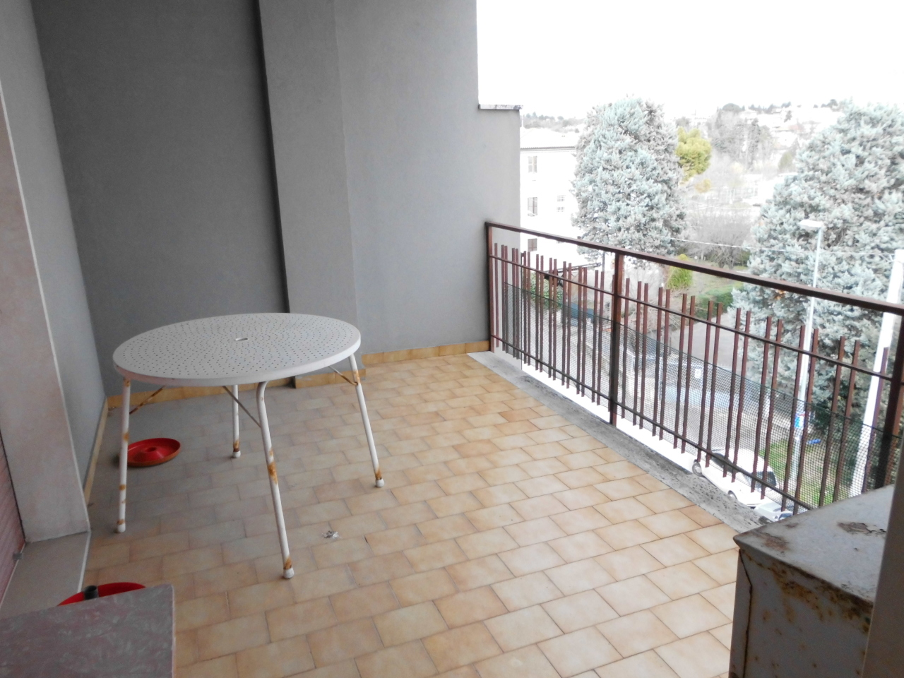 Appartamento in vendita a Jesi, 5 locali, prezzo € 160.000 | Cambio Casa.it
