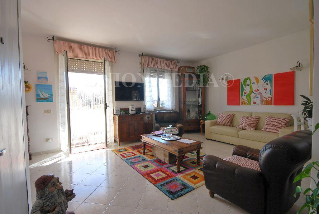 Appartamento, 87 Mq, Vendita - Sarzana