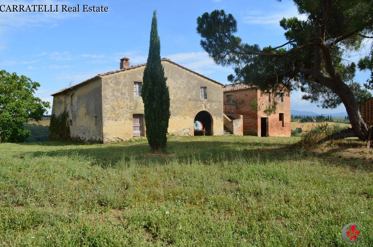 Rustico / Casale in vendita a San Giovanni d'Asso, 19 locali, prezzo € 850.000   Cambio Casa.it