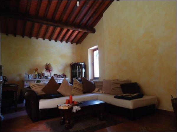 Villa in vendita a Calci, 5 locali, prezzo € 280.000 | Cambio Casa.it