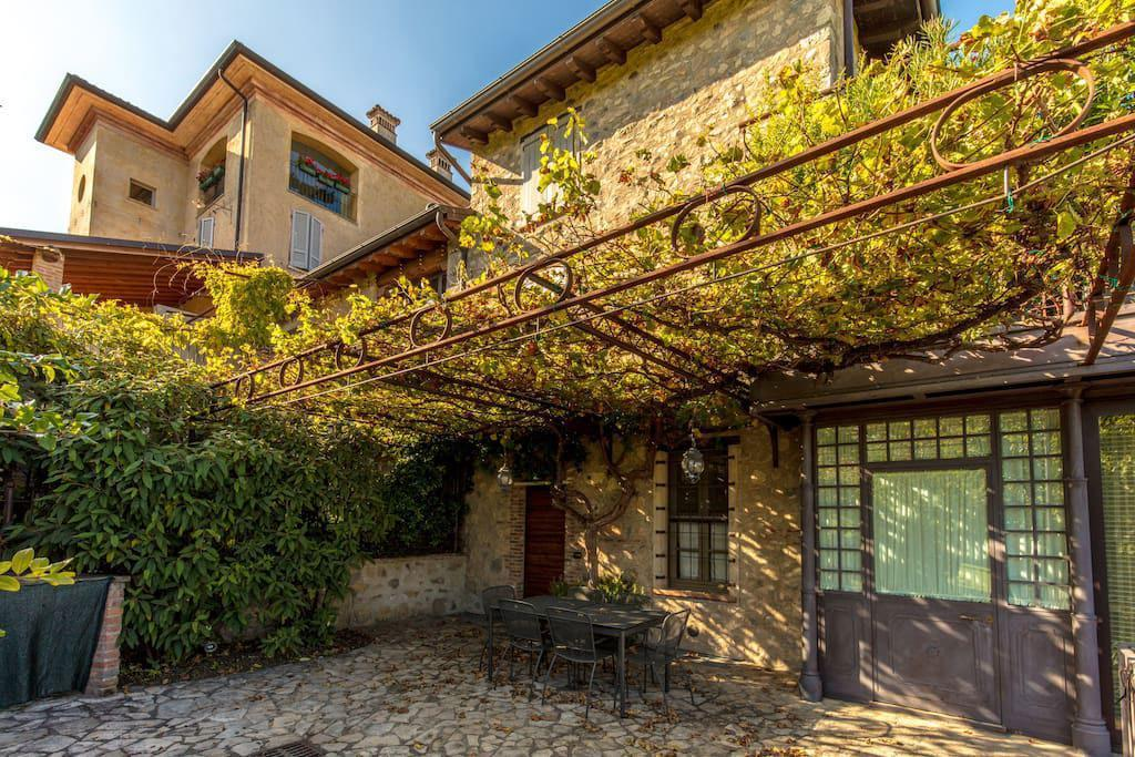 Casa semi-indipendente in vendita a Desenzano Del Garda (BS)