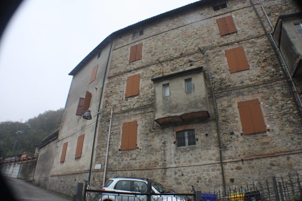 Altro in vendita a Calestano, 10 locali, prezzo € 60.000   CambioCasa.it