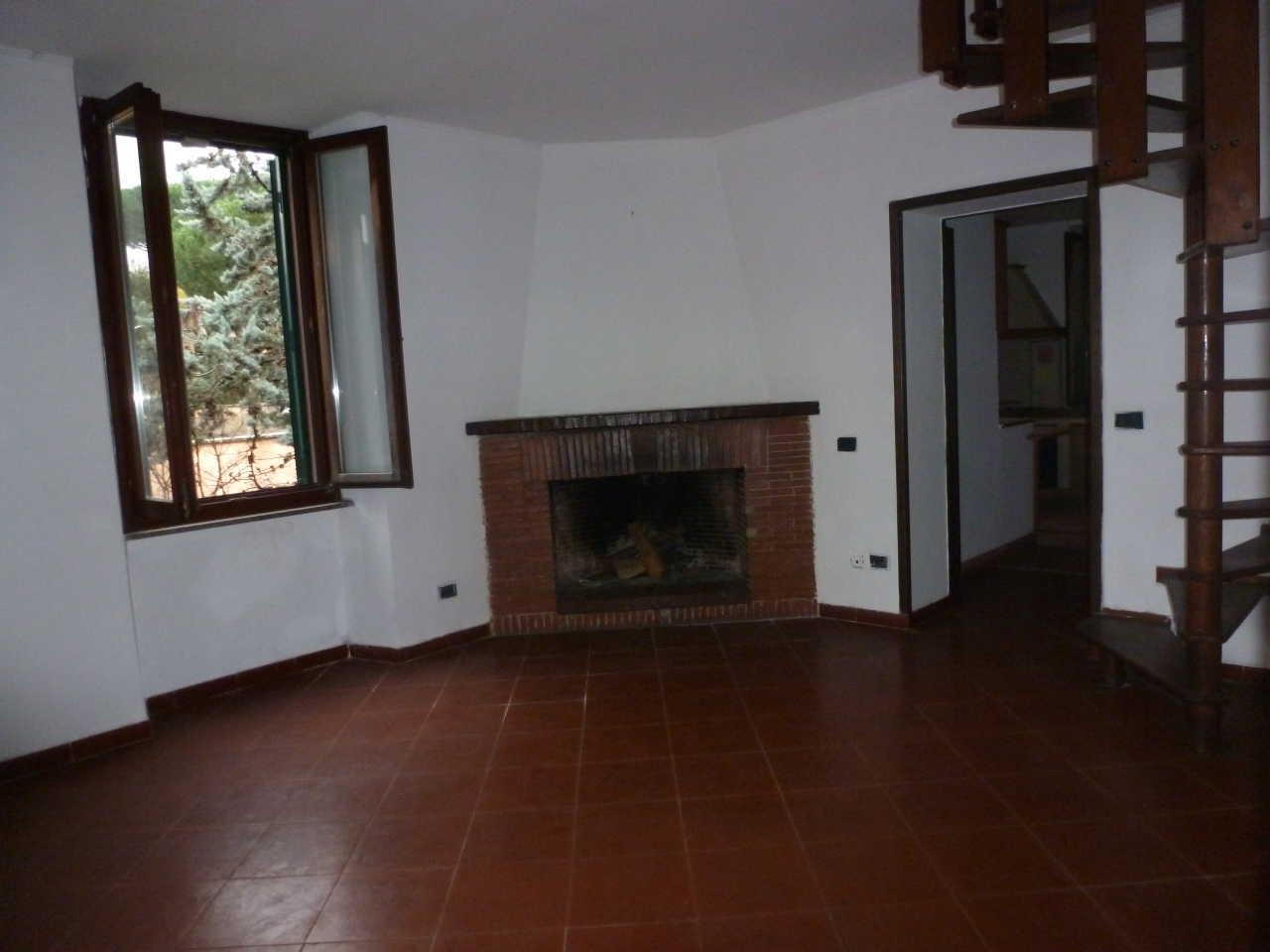Appartamento in vendita a Grottaferrata, 5 locali, prezzo € 199.000 | CambioCasa.it