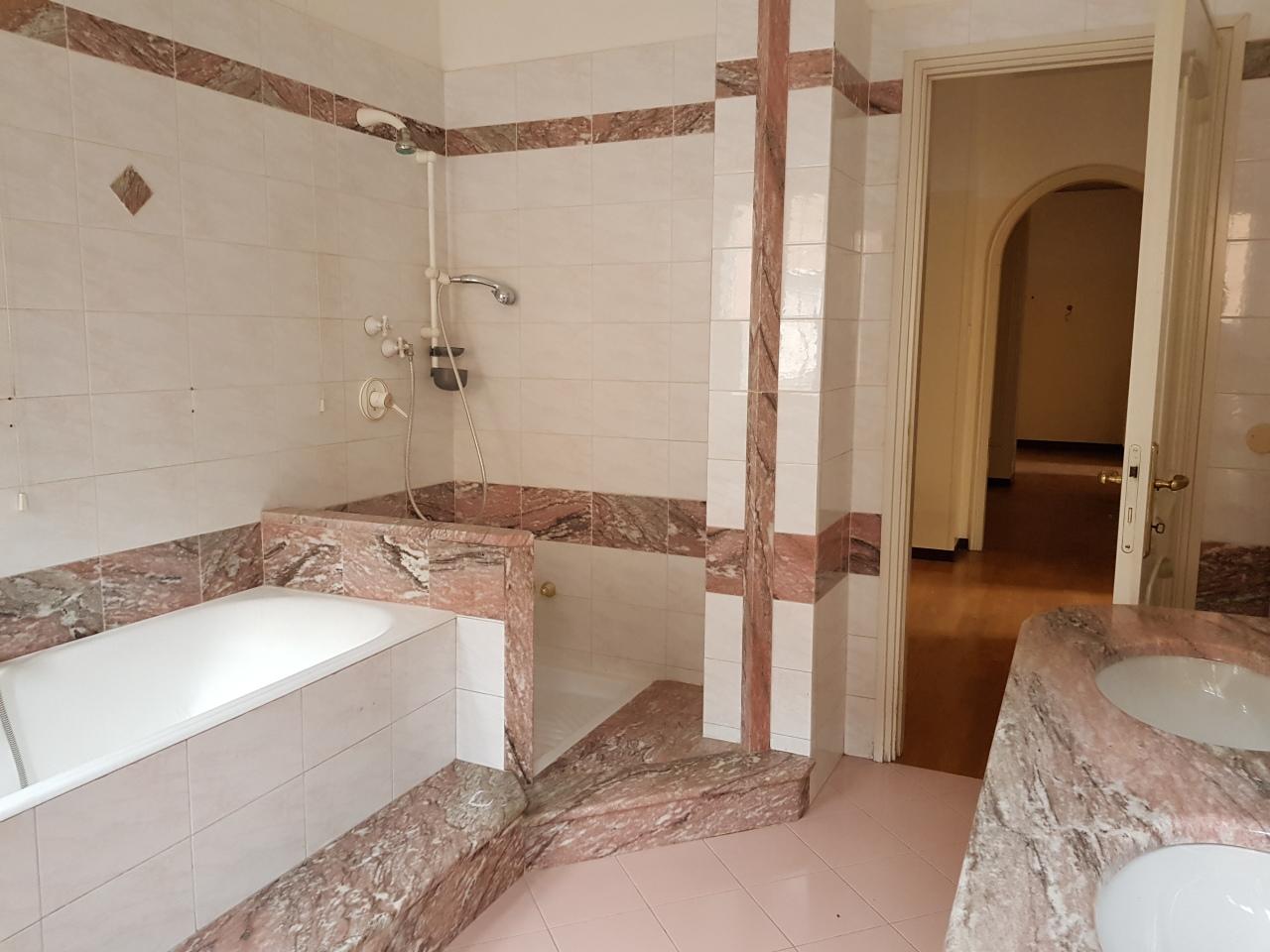 Appartamento, 168 Mq, Vendita - Rezzato (BS)