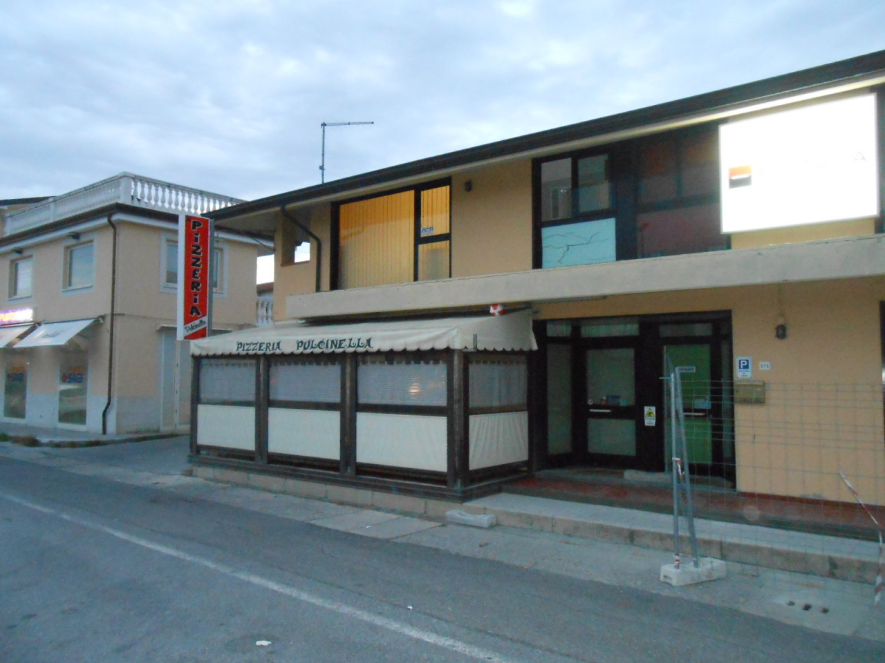 Ristorante / Pizzeria / Trattoria in vendita a Camaiore, 2 locali, prezzo € 65.000 | CambioCasa.it