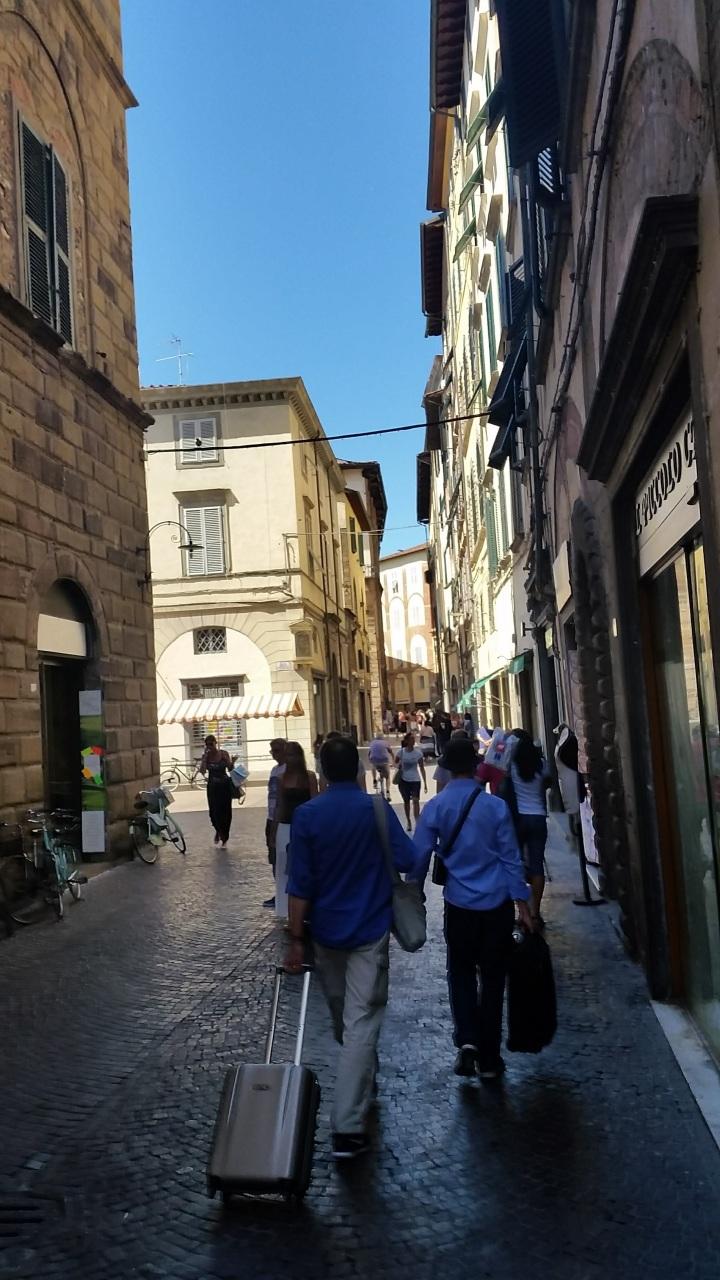 Attività / Licenza in vendita a Lucca, 3 locali, prezzo € 65.000   CambioCasa.it