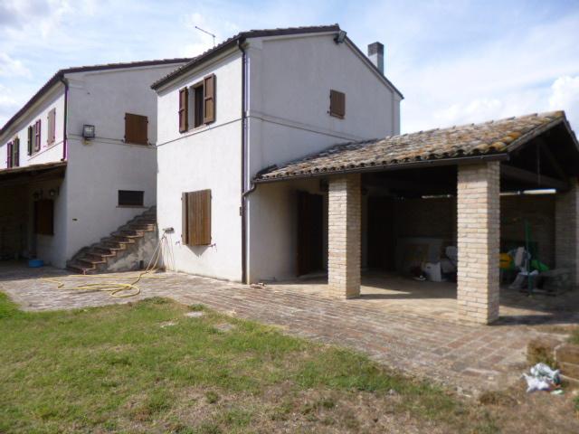 Rustico / Casale in Vendita a Chiaravalle