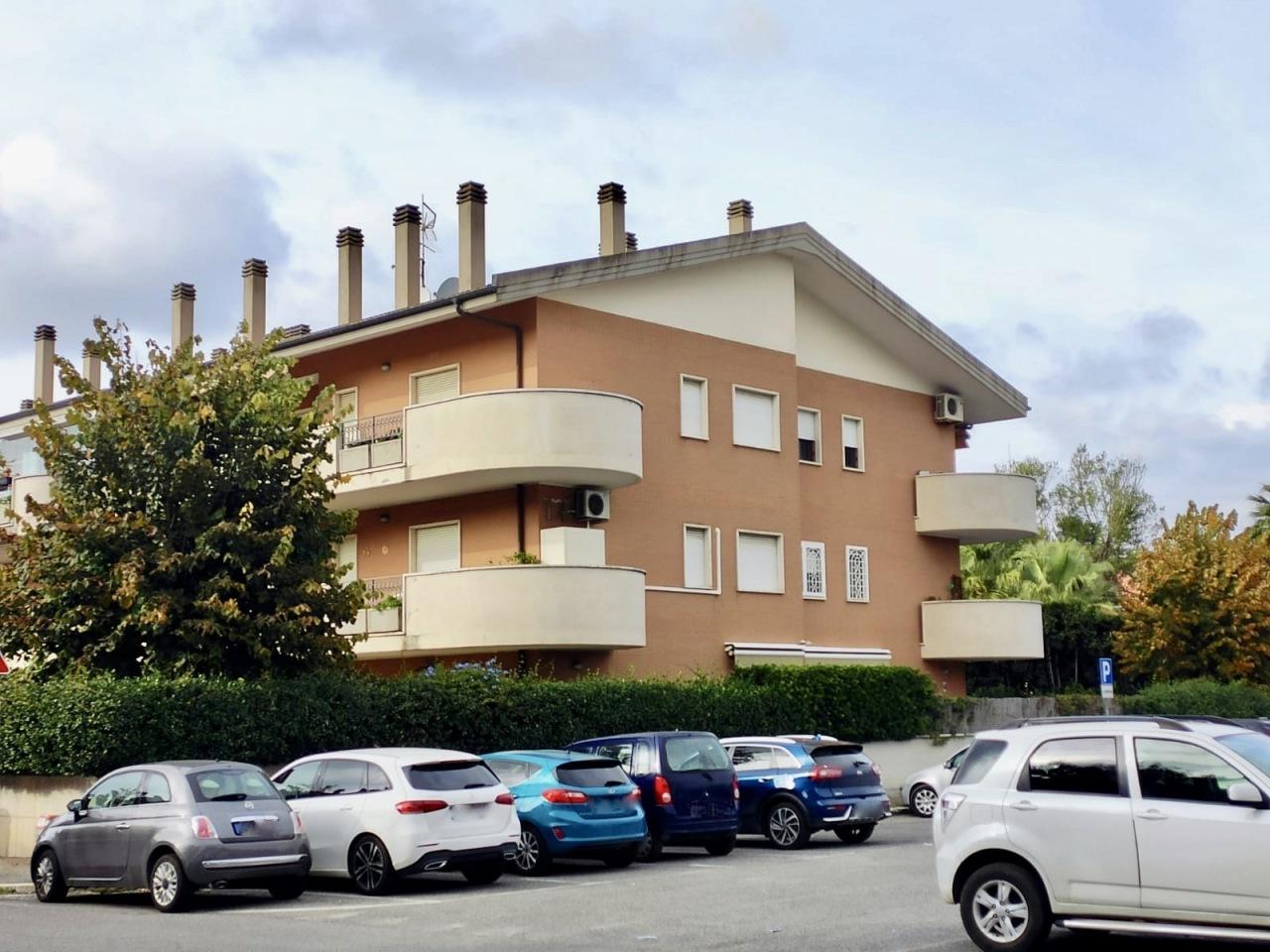 roma vendita quart: ardeatino gruppo-aureli-ag.-celano
