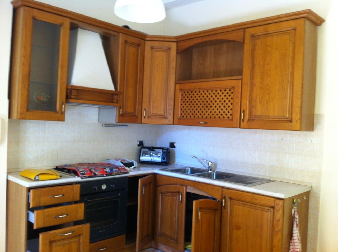 vendita appartamento ortonovo   118000 euro  3 locali  60 mq