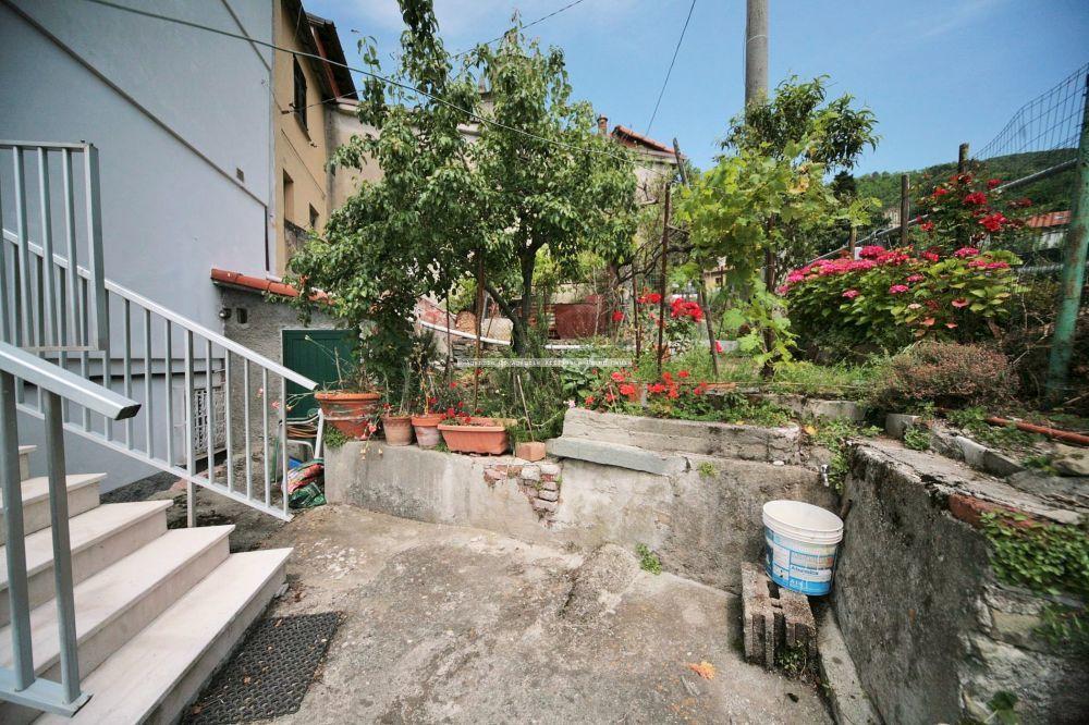 la-spezia vendita quart: biassa immobiliare-riviera