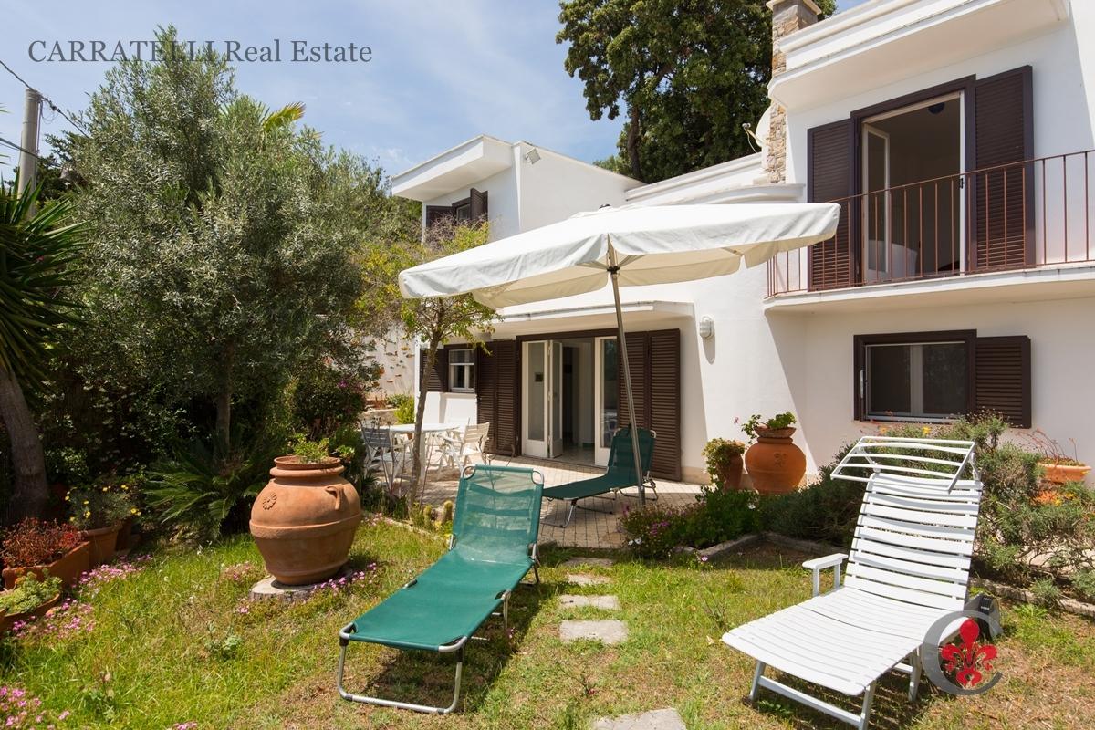 Villa in vendita a San Felice Circeo, 7 locali, prezzo € 685.000 | Cambio Casa.it