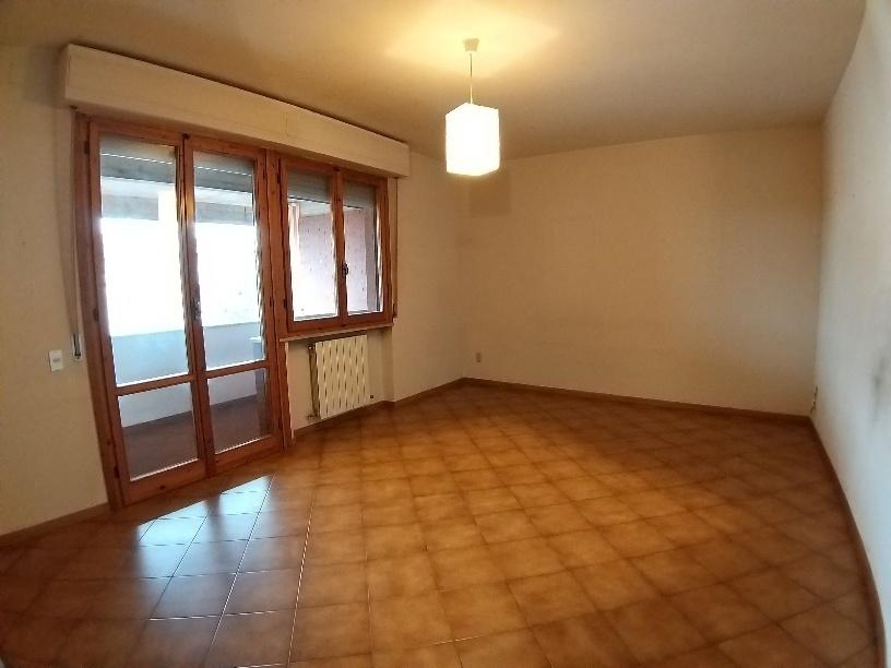 Appartamento in affitto, rif. A002