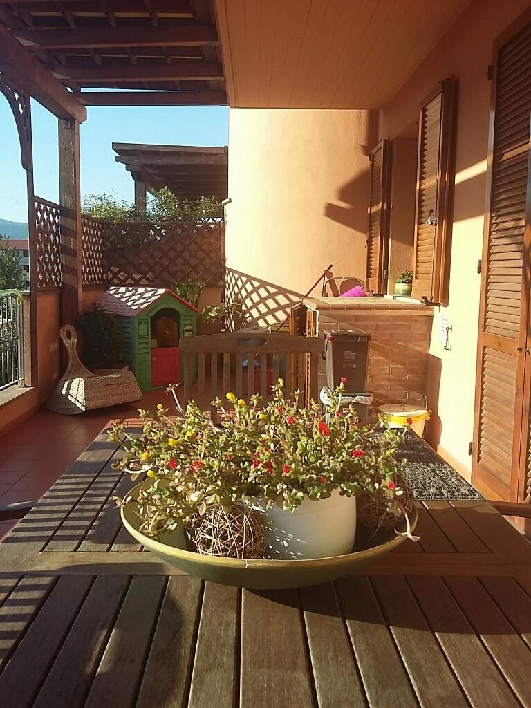 Appartamento in vendita a Calcinaia, 3 locali, prezzo € 143.000   Cambio Casa.it