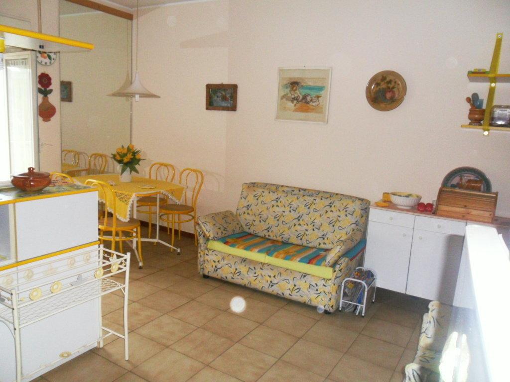 Bilocale Giardini Naxos Via Chianchitta 5