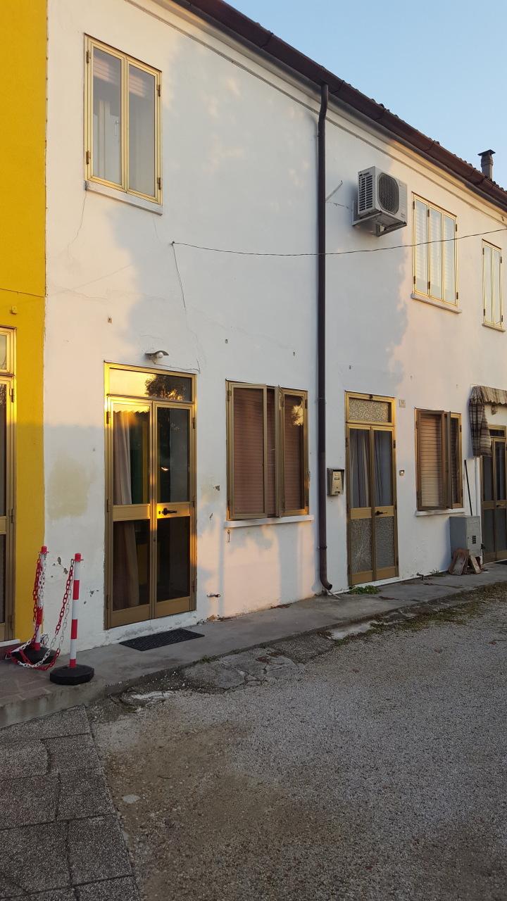 Villa a Schiera in Vendita a Crespino