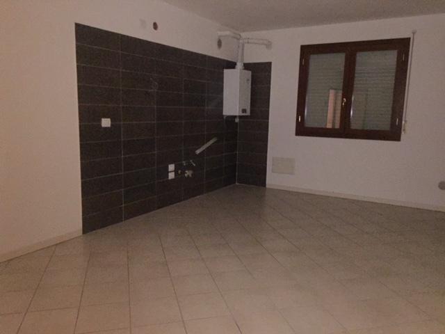 Appartamento in affitto a Rovigo, 5 locali, prezzo € 395 | CambioCasa.it