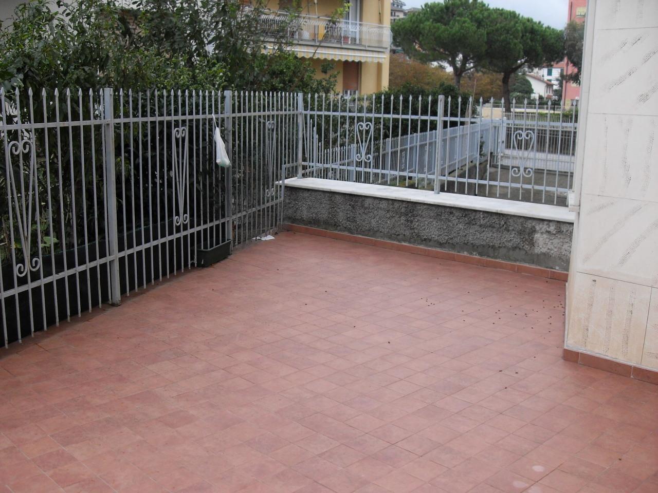 Appartamento in vendita a Casarza Ligure, 6 locali, prezzo € 280.000   CambioCasa.it