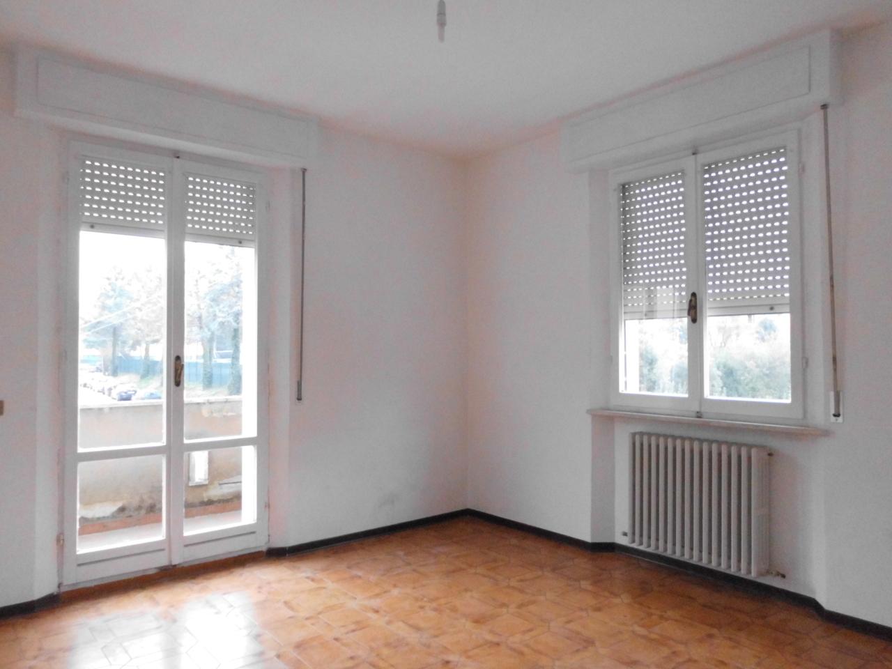Appartamento in vendita a Jesi, 6 locali, prezzo € 130.000 | Cambio Casa.it