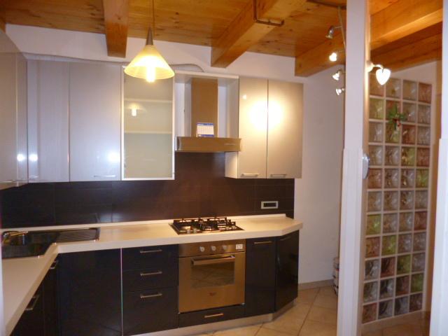 vendita appartamento castelbellino   95000 euro  5 locali  100 mq