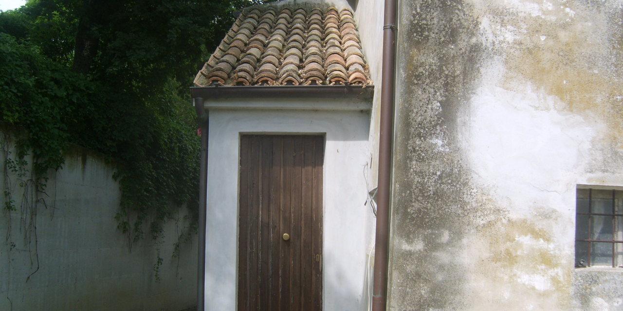 Rustico / Casale in Vendita a Morro d'Alba
