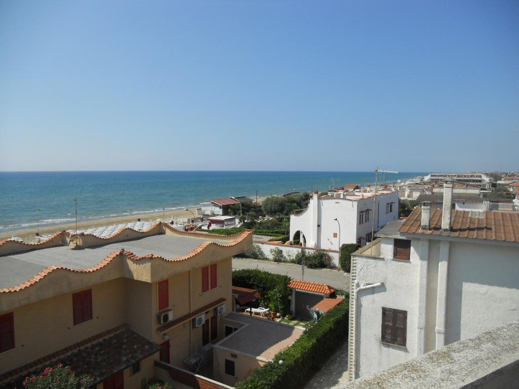 Bilocale Ardea Via Diomede 13