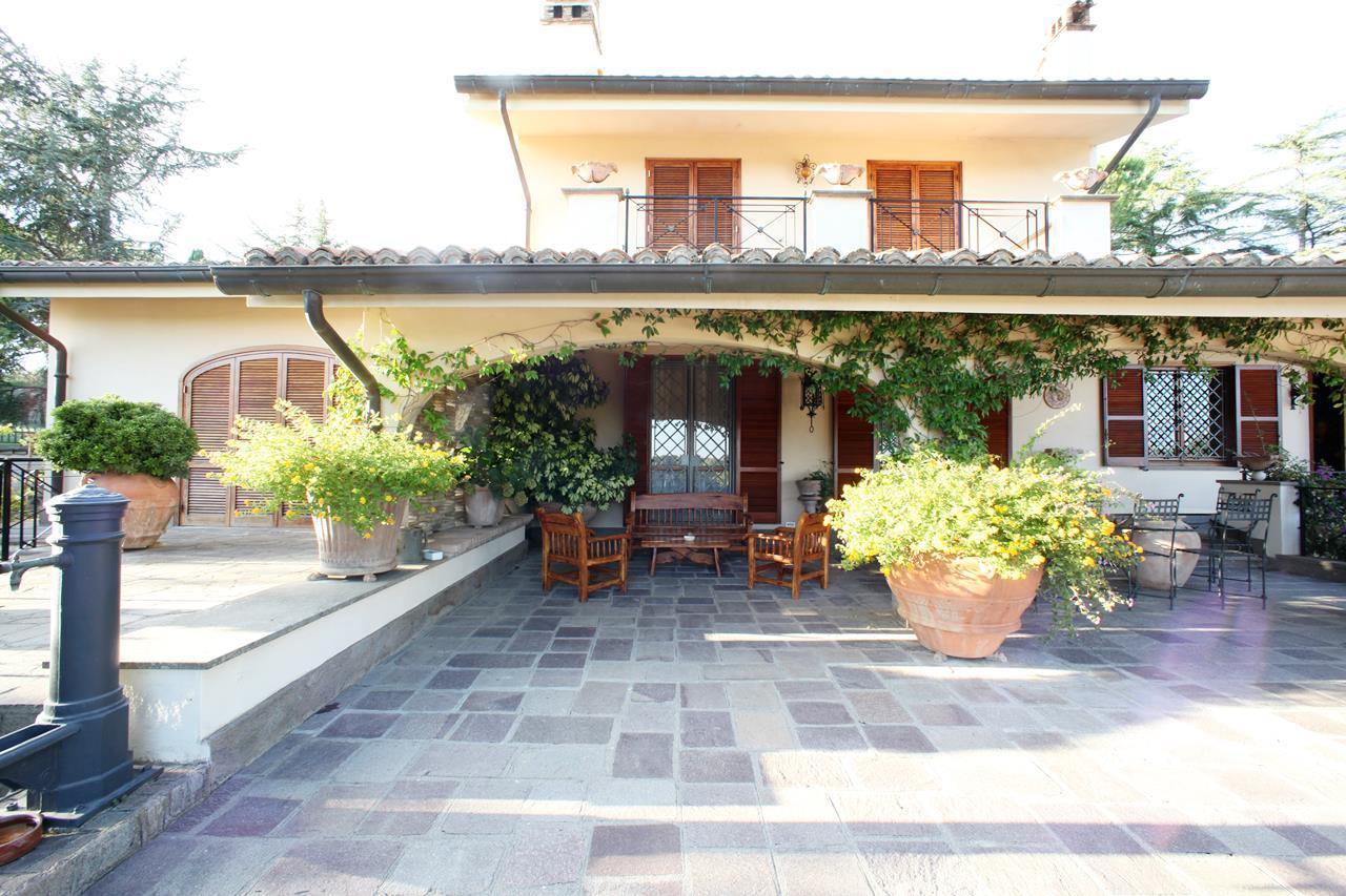 Villa in vendita a Sacrofano, 11 locali, prezzo € 3.500.000 | CambioCasa.it