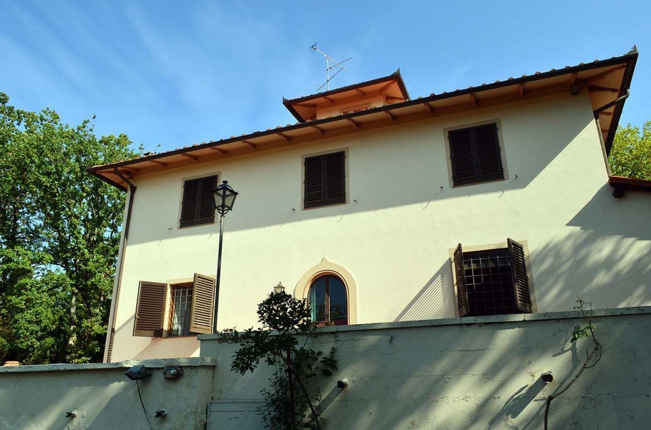 Villa in vendita a Rignano sull'Arno, 15 locali, prezzo € 1.150.000 | Cambio Casa.it