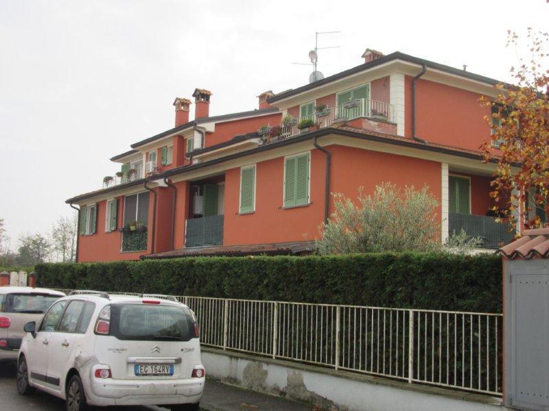 Appartamento in vendita a Traversetolo, 5 locali, prezzo € 130.000 | CambioCasa.it