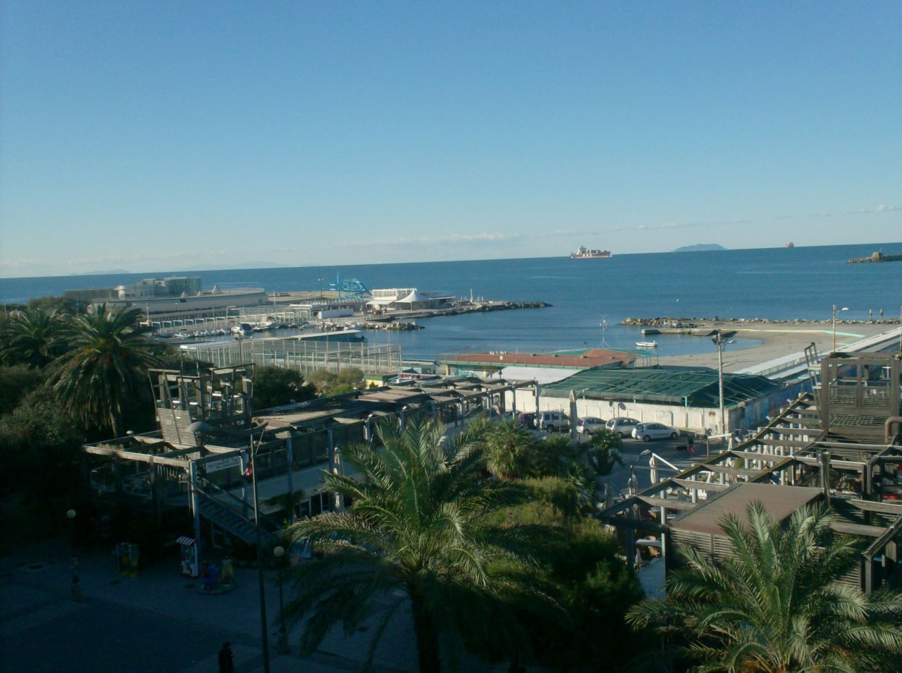 Appartamento 5 locali in vendita a Livorno (LI)