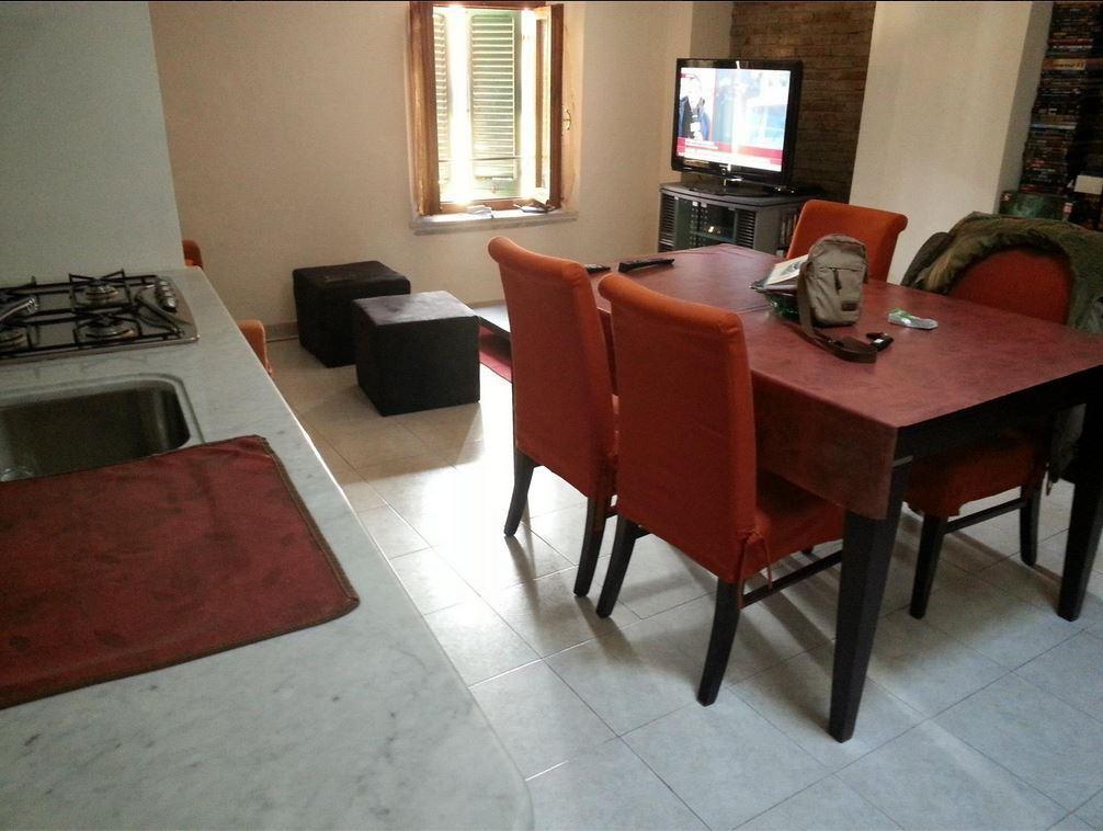 vendita appartamento carrara   85000 euro  2 locali  45 mq