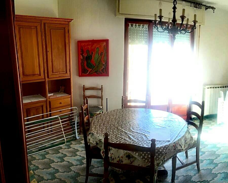 vendita appartamento ameglia   175000 euro  4 locali  75 mq