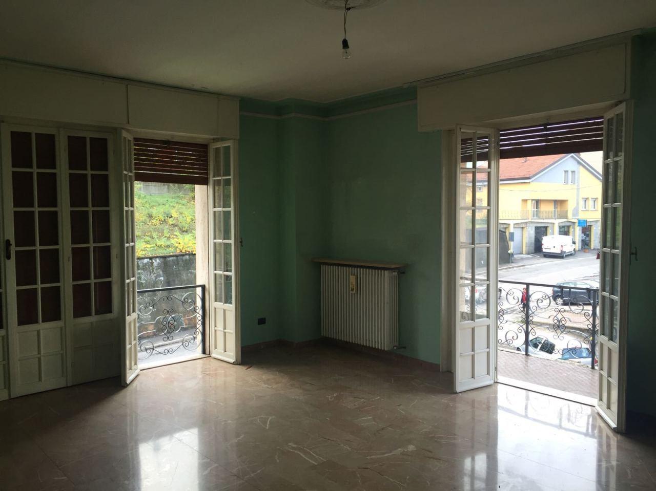 Appartamento in affitto a Fornovo di Taro, 5 locali, prezzo € 550 | CambioCasa.it