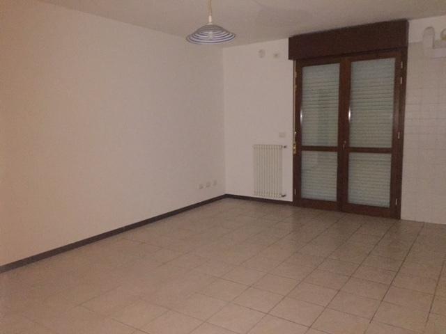 Appartamento in affitto a Rovigo, 5 locali, prezzo € 355 | CambioCasa.it