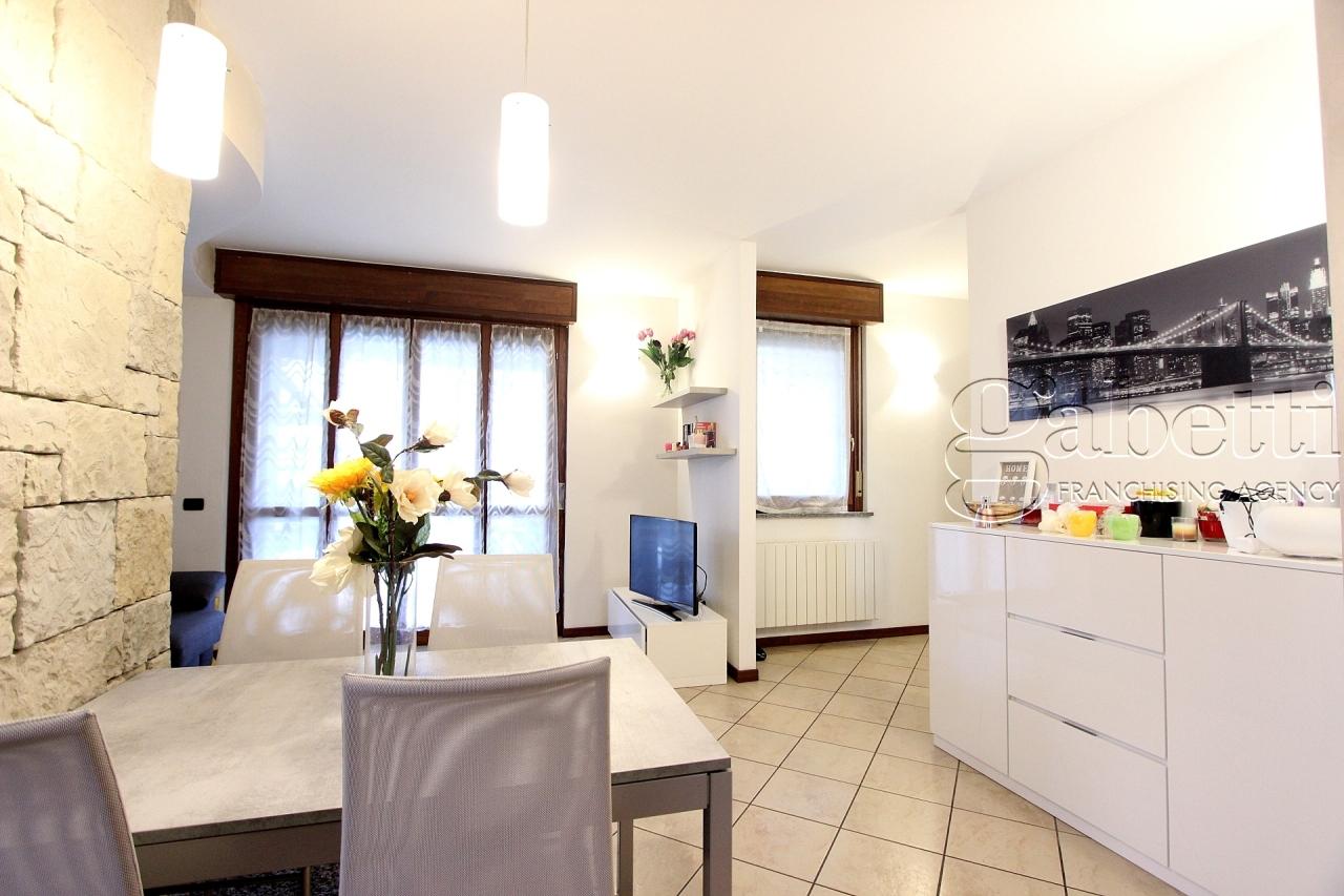 vendita appartamento nerviano   223000 euro  3 locali  120 mq