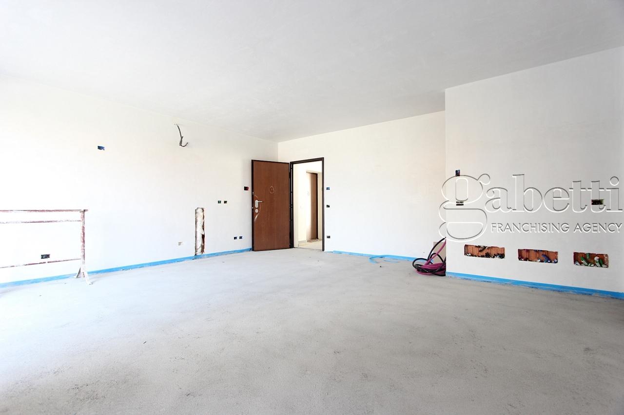 vendita appartamento nerviano   170000 euro  3 locali  86 mq