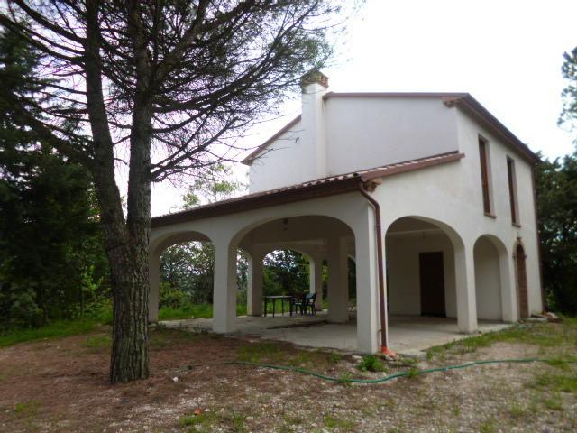 Soluzione Indipendente in vendita a Jesi, 6 locali, prezzo € 270.000   Cambio Casa.it