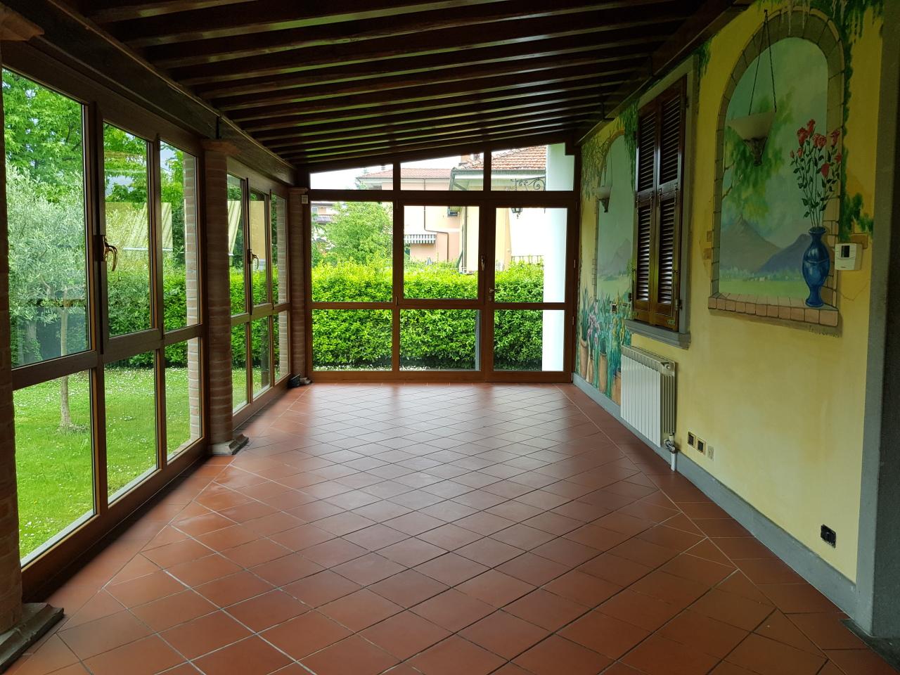 Casa indipendente in vendita a Sarzana (SP)