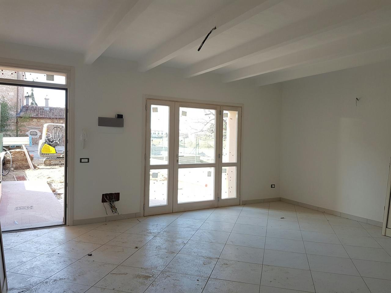 Appartamento in affitto a Cascina, 6 locali, prezzo € 750   Cambio Casa.it